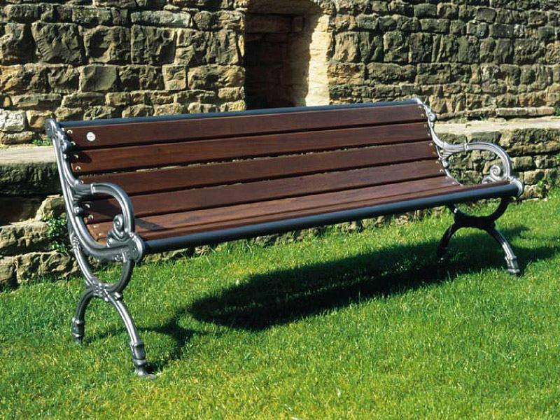 Panchine Da Giardino Legno E Ghisa : Art panchina milano con braccioli per parchi e giardini da