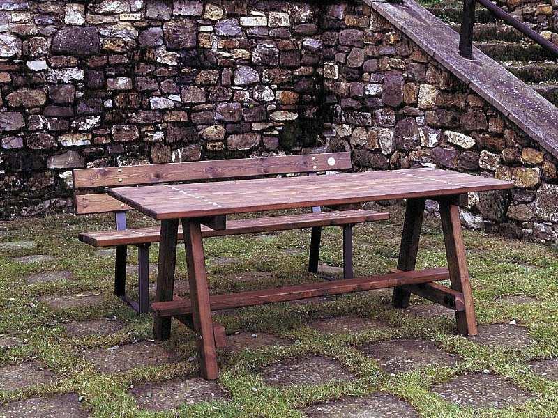Art 203 tavolo siena per parchi e giardini da marinelli for Marinelli arredo urbano