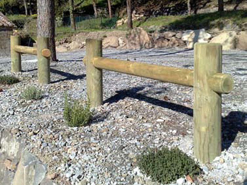 Staccionata tirolo per parchi e giardini da for Marinelli arredo urbano