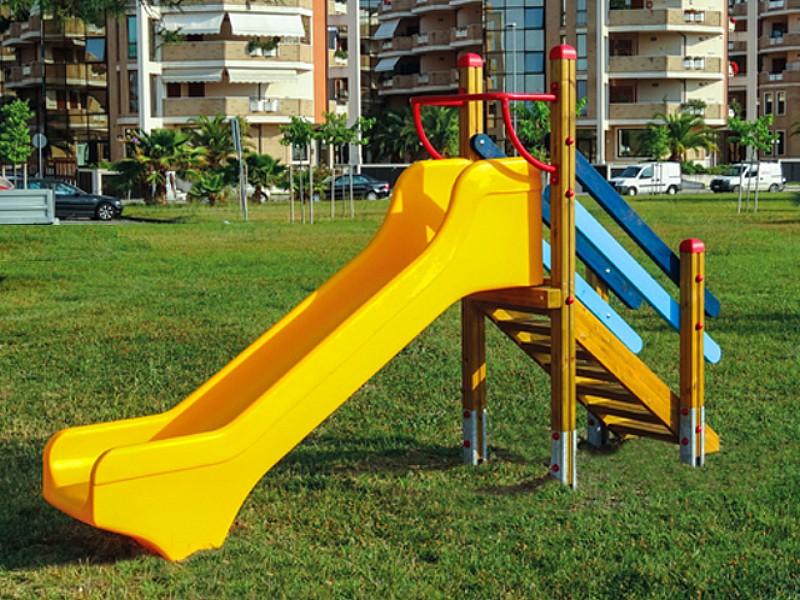 Art 525 por scivolo alice per parchi e giardini da for Marinelli arredo urbano