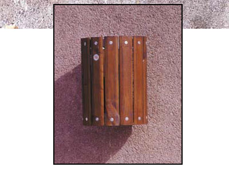 Art 705 cestino perugia a muro per parchi e giardini da for Marinelli arredo urbano